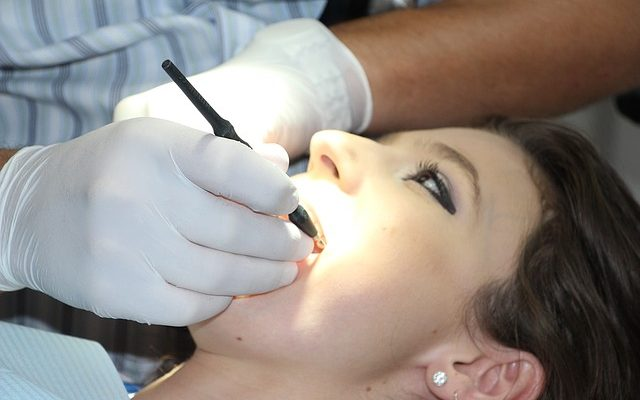 regular visits to the dentist help to keep your teeth and gums healthy
