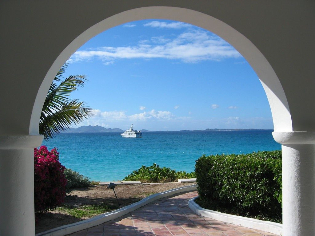 luxury Anguilla retreats